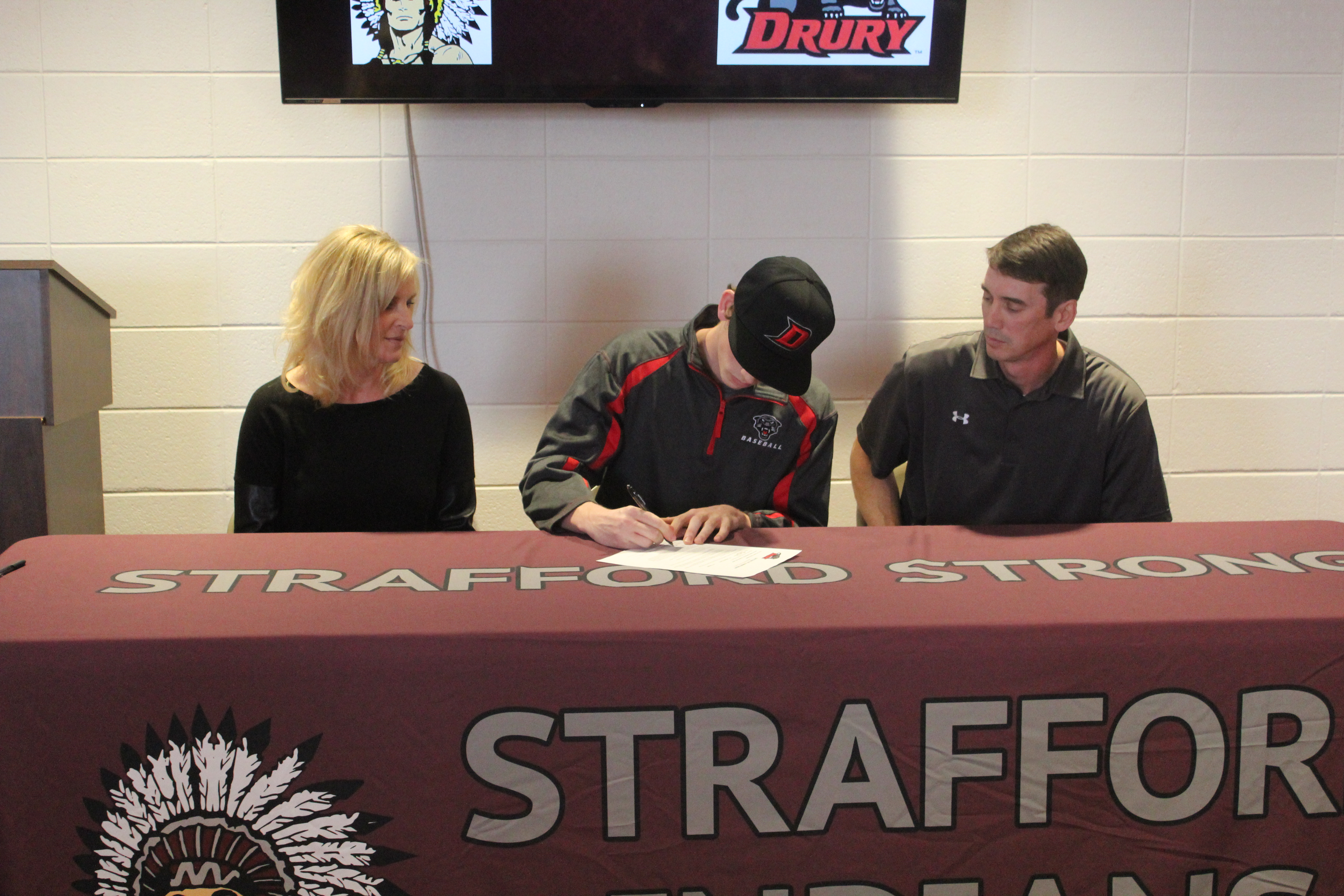 Bryce Boswell College Signing